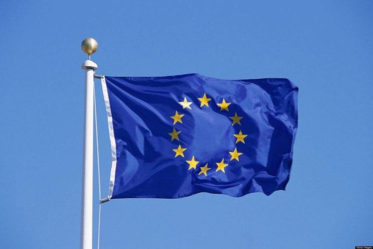 Start-ups struggling to overcome EU bureaucracy, survey finds